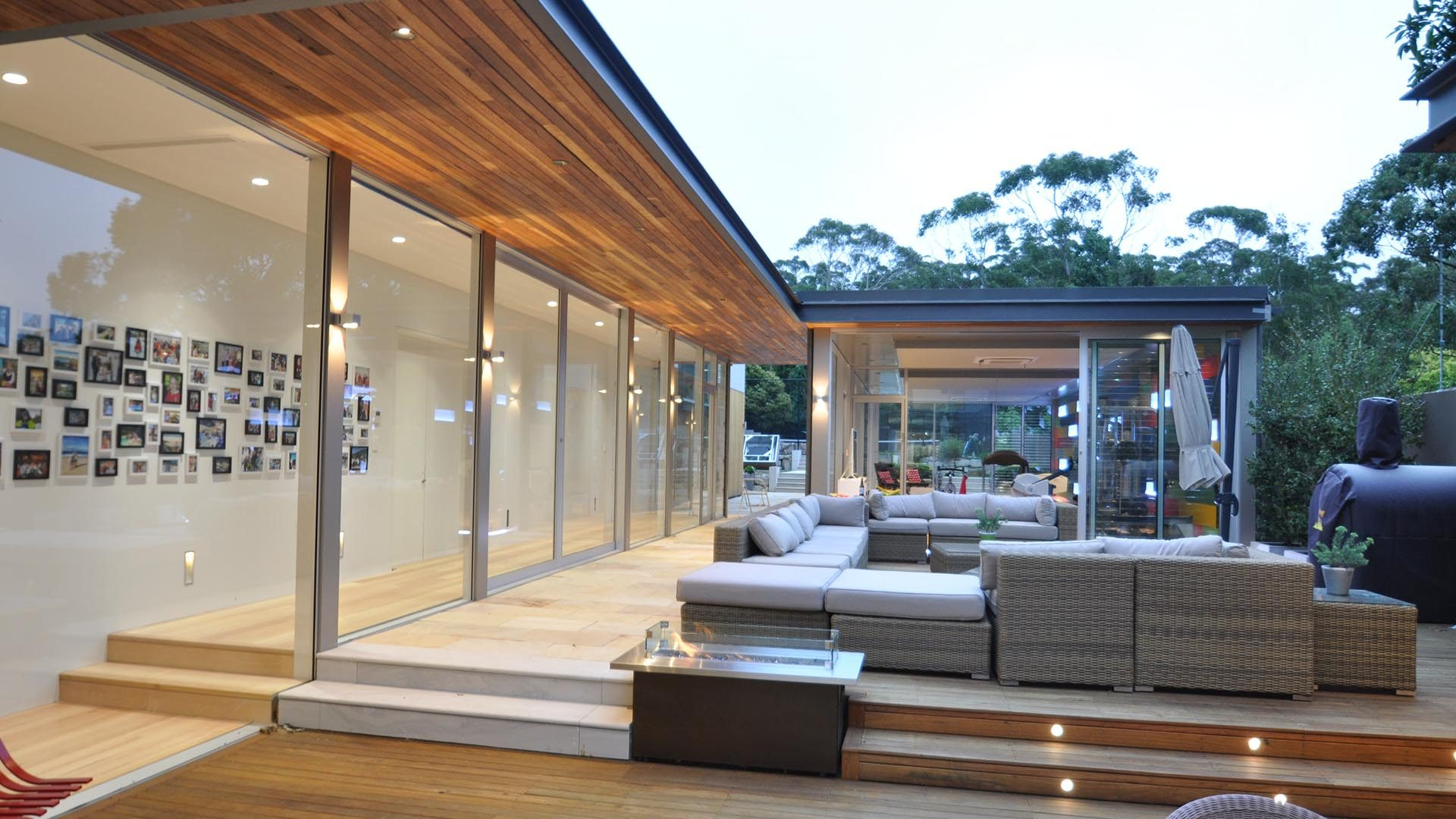 Mittagong Deck and outdoor entertaining area, with outdoor seating area