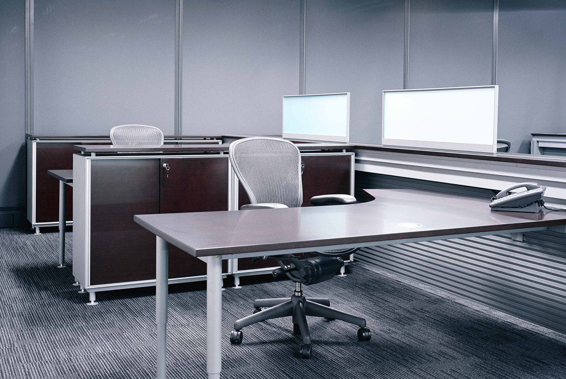 Quadrant Workstations Office desks and chairs